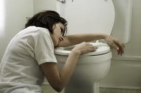 pregnant vomiting 2
